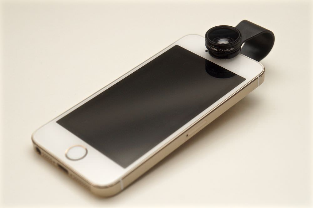 aukey-3-in-1-wide-angle-macro-fisheye-phone-lens-pl-a1-00011