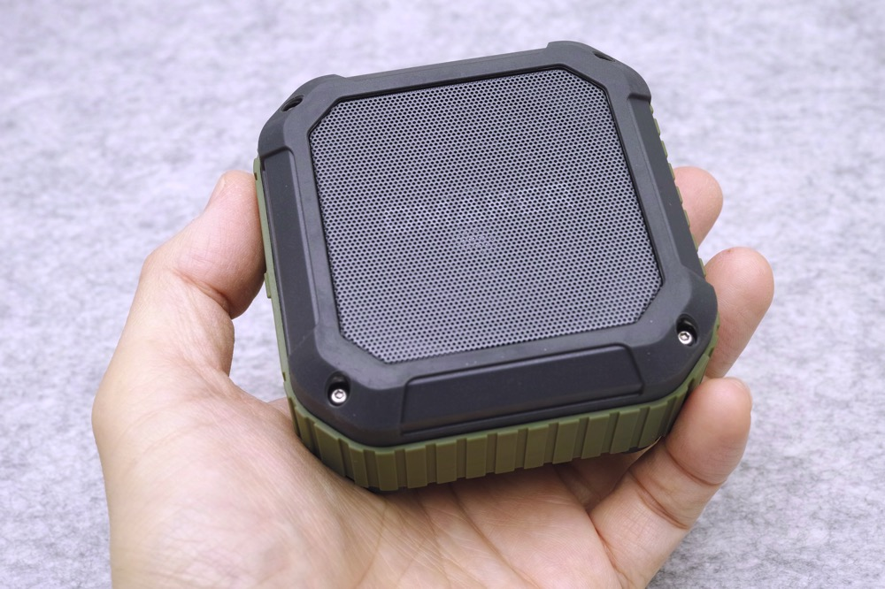 Omaker m4 review 00001