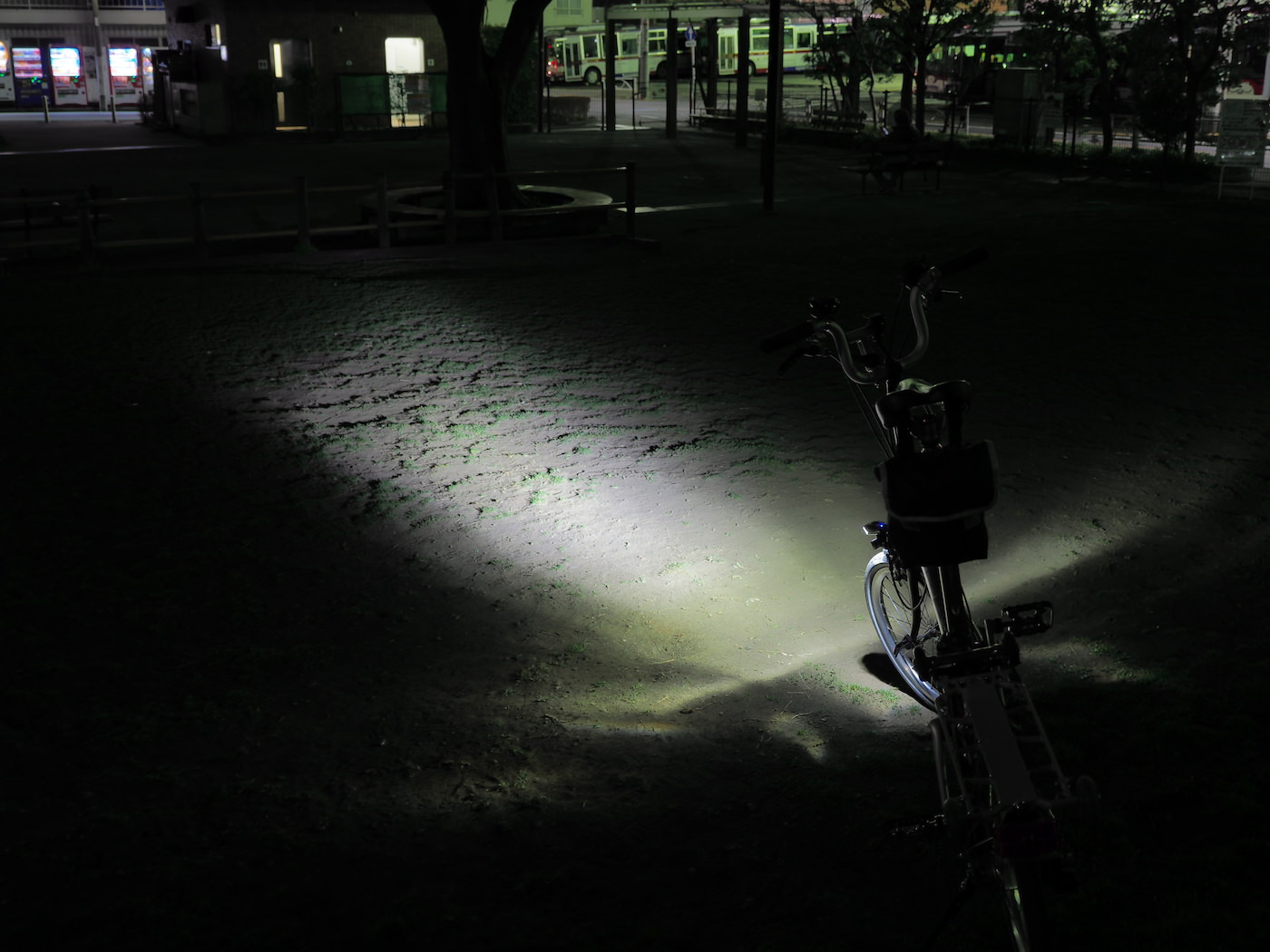 Cree xpg 2 cheap chinese led light with wide angle lens for bicycle 00036