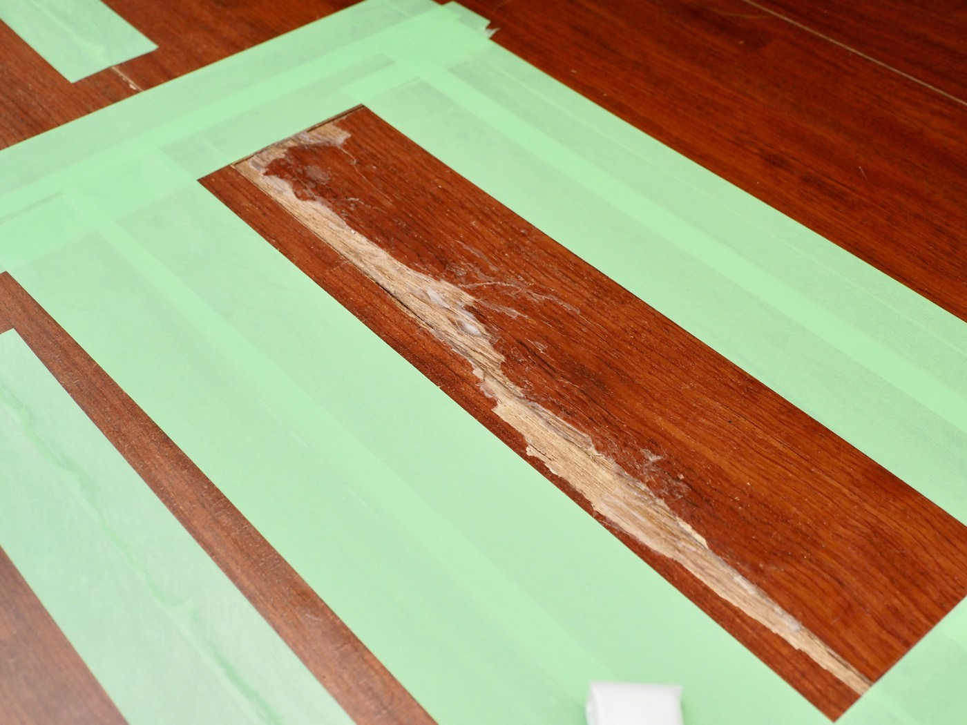 Repaired badly cracked flooring with diy 00002
